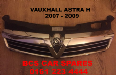 VAUXHALL ASTRA H   MK 5  FRONT FACELIFT    CHROME GRILL  2007 - 2008 - 2009   USED  A1   GOOD CONDITION (2)